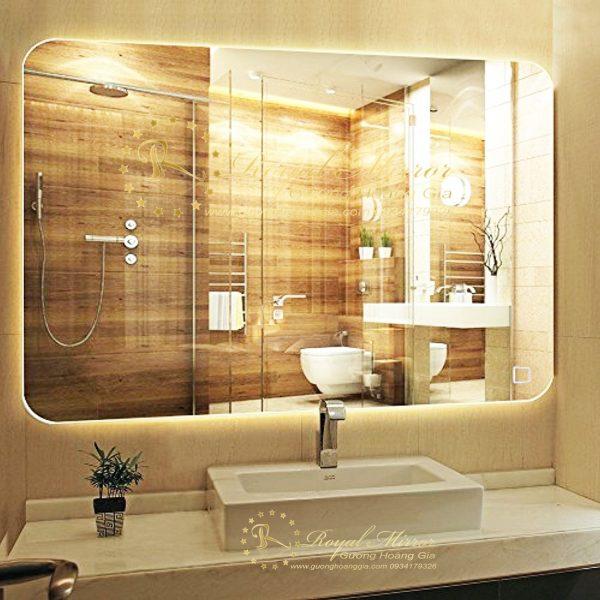 Hệ thống sấy gương tự động đánh bay hơi nước bám mờ mặt gương