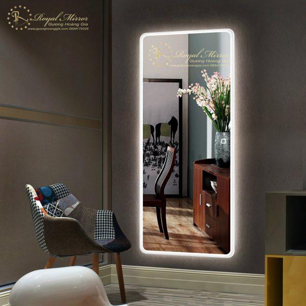 Thiết kế Viền Sáng đèn LED nổi bật và sáng mạnh mẽ