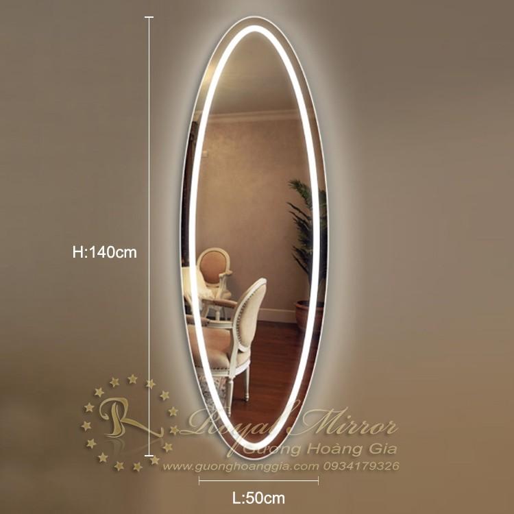 Gường đèn LED toàn thân OVAL sang trọng sử dụng cho phòng thay đồ, phòng khách, phòng ngủ... LED Viền sáng ấn tượng, sáng mạnh mẽ, đồng đều