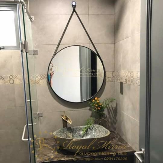 Gương treo dây da Lavabo nhà tắm