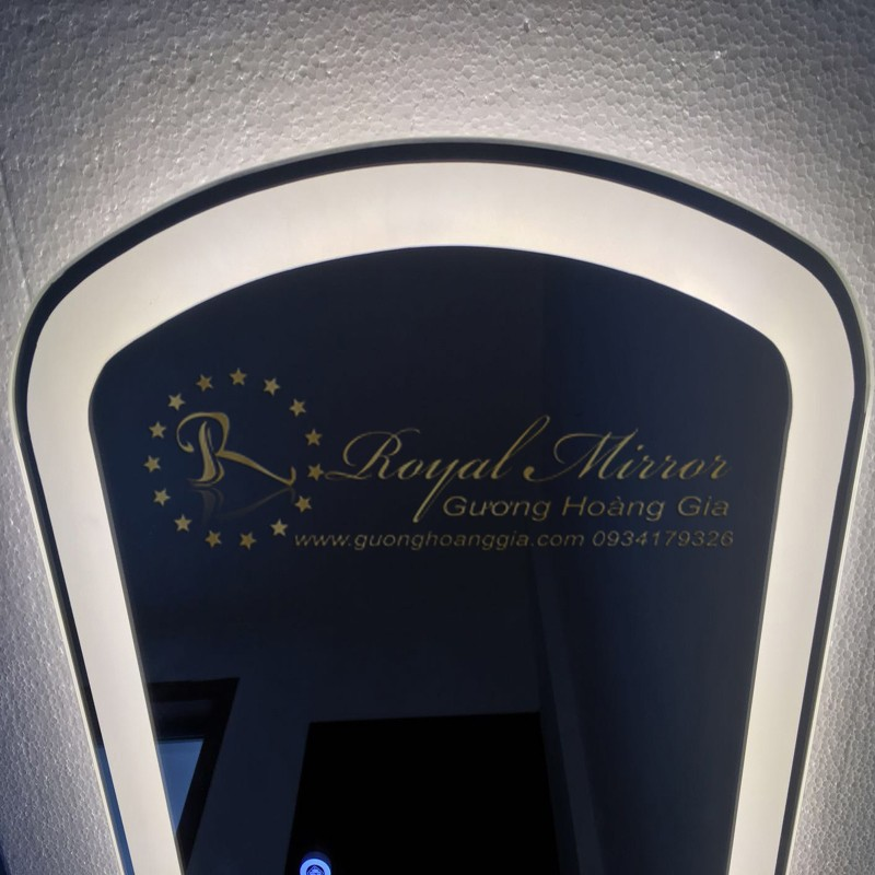 Gương Nội Thất thiết kế tràn viền, tích hợp đèn LED âm mặt gương
