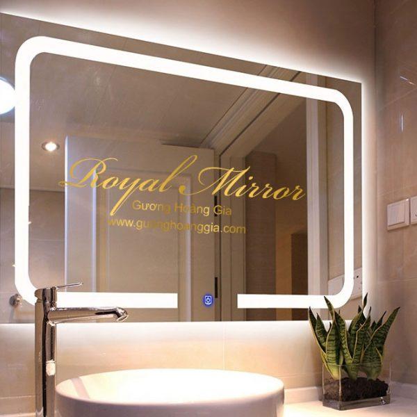Gương nhà tắm có đèn LED, nút cảm ứng, phá sương