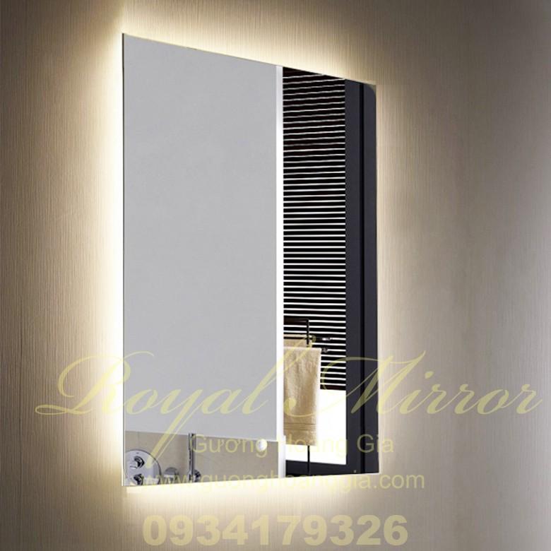 Gương đèn LED giá rẻ, phiên bản kinh tế sử dụng công tắc nguồn ngoài, gương Bỉ cao cấp 5mm, Công nghệ chống ố mốc đặc biệt từ Royal Mirror