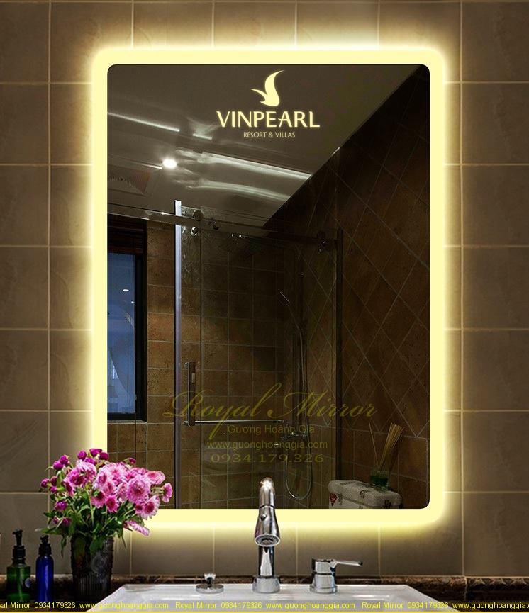 Gương đèn led Resort thiết kế riêng khắc logo thương hiệu