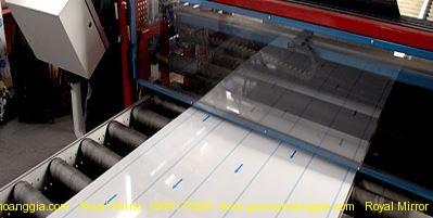 Phủ PVC bảo vệ chống oxy hóa ố mốc gương