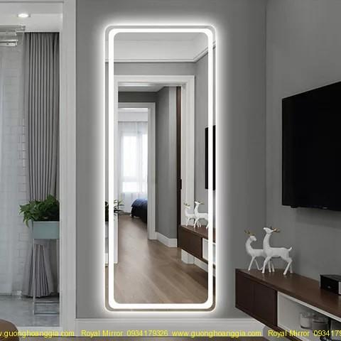 Gương đứng phòng khách