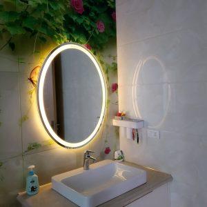 Gương đèn LED phòng tắm cao cấp. Thiết kế ELIP 60*80cm. Mã RE2-68 ECO