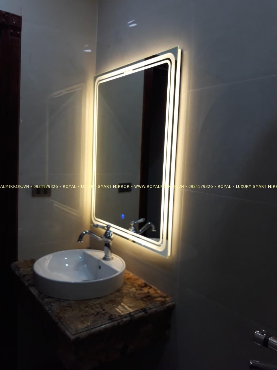 Gương thông minh cao cấp cho bàn lavabo phòng tắm. KT 60*80 . Đèn cảm ứng. Mã RCN8-68 LUX