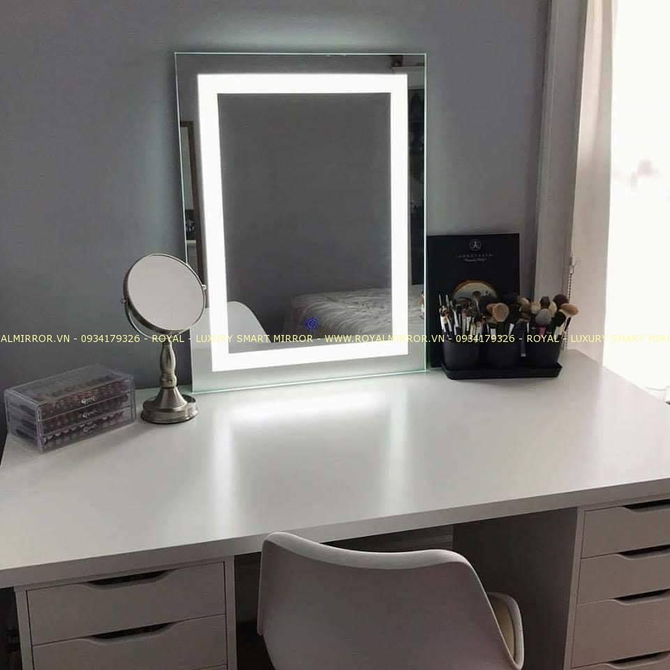 Gương bàn trang điểm cao cấp. KT 50*70 cm. Mã RCN3-57 ECO